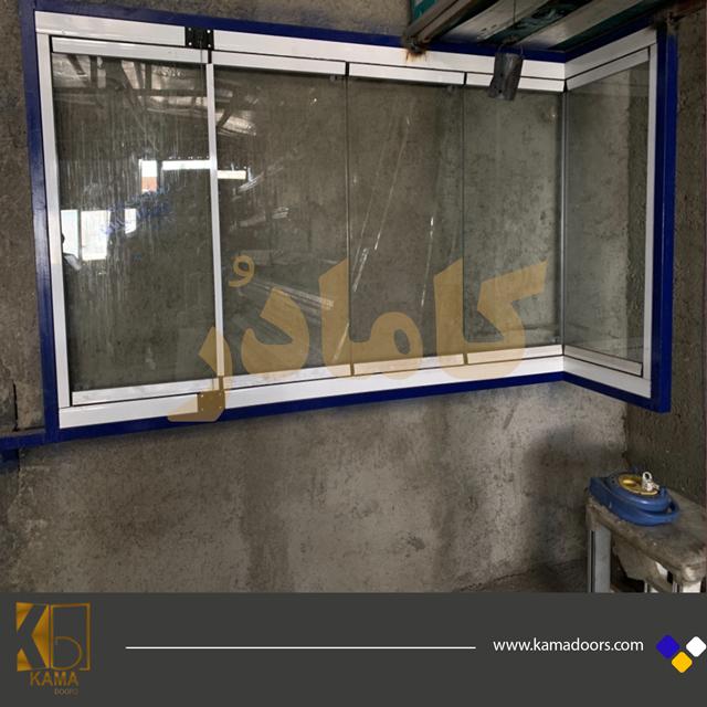 آموزش-نصب-شیشه-بالکننی