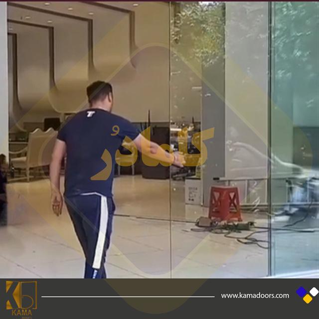 پارتیشن-شیشه-ای-اسلایدینگ